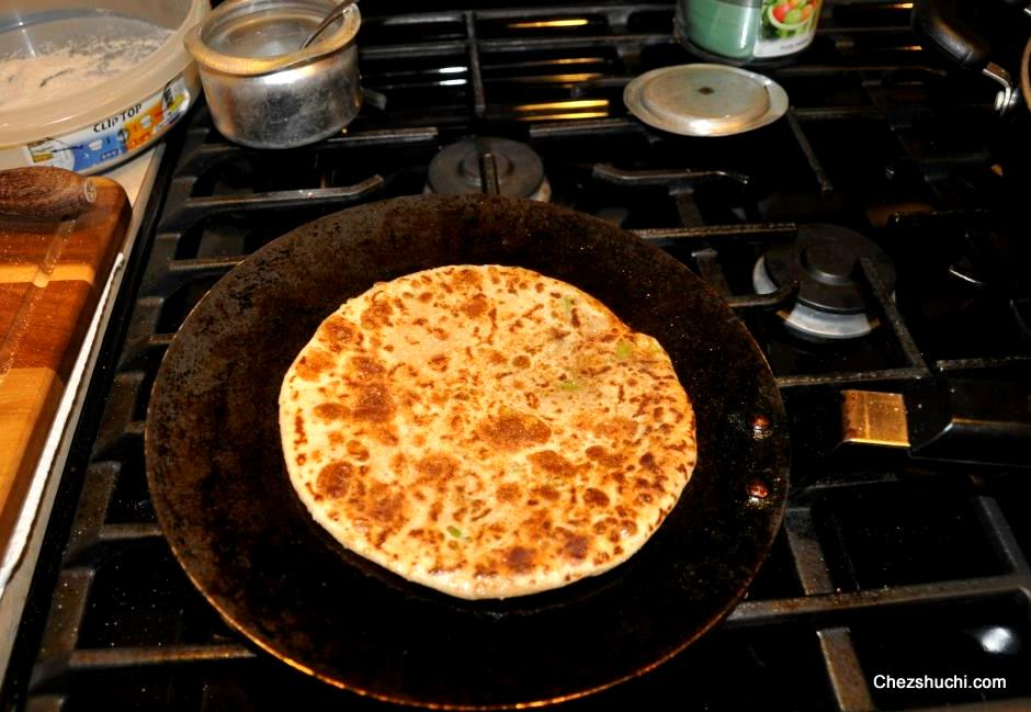 stuffed paratha making