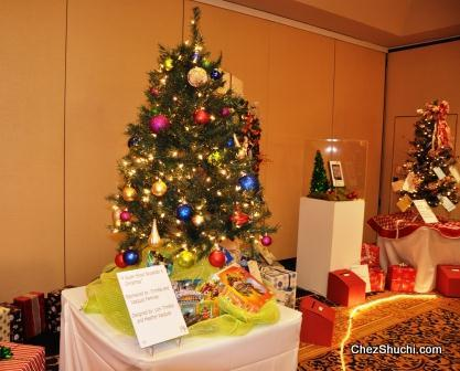 christmas tree for auction
