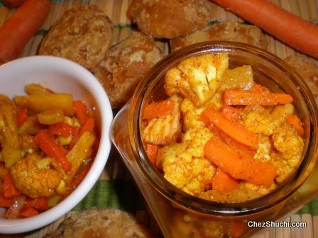 Carrot cauliflower and turnip's pickle
