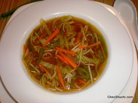 hot and sour veg noodle soup