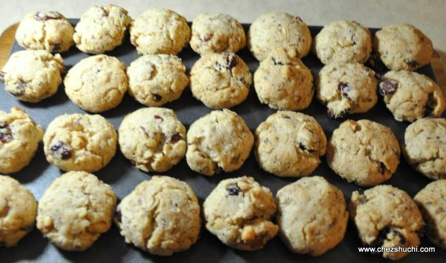 oat-flex-walnuts-cranberry-cookies