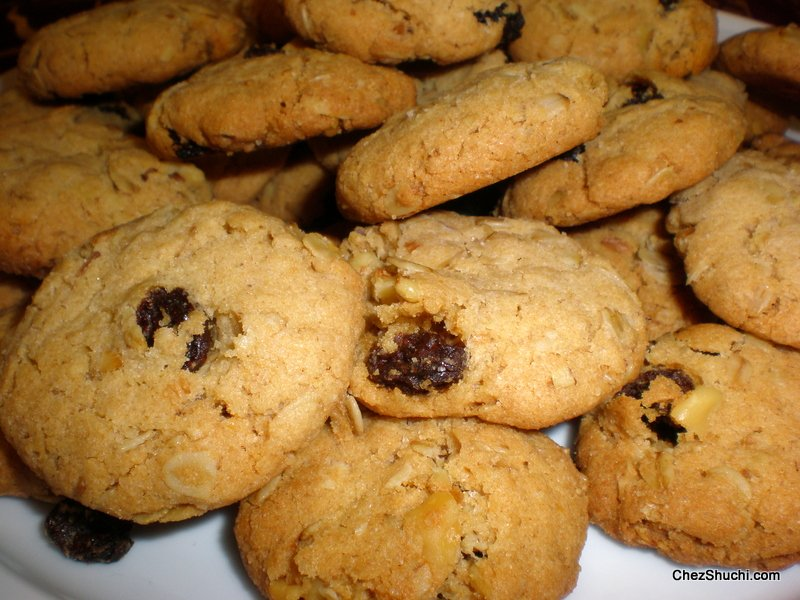 oat raisin cookies