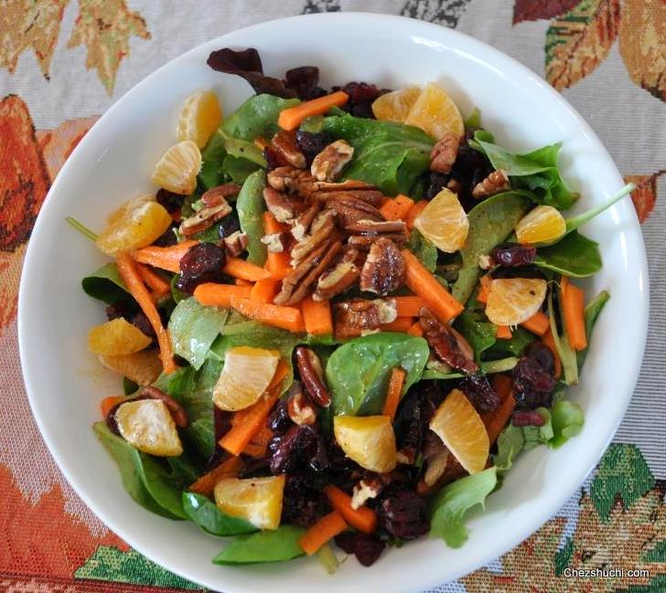 Mix Green Salad With Vinaigrette Dressing- हरा भरा ...